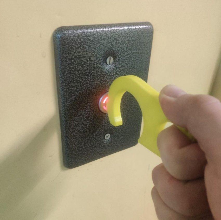 Крюк для открывания двери
